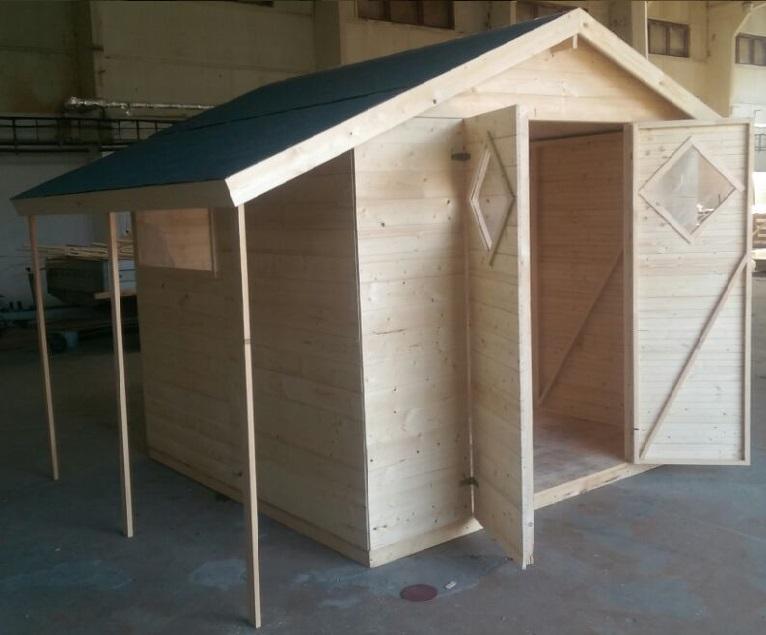 Zahradní dřevěný domek 3,3x2,7m, (16mm) s okny a přesahem střechy
